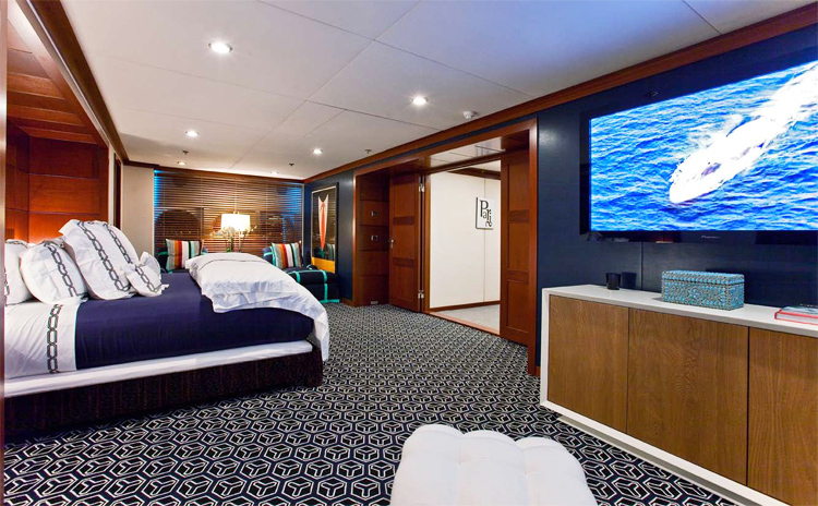 Kirsten Kelli yacht image